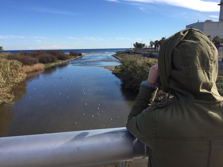 Analizan los residuos arrastrados por los ríos Besòs y Llobregat al Mediterráneo