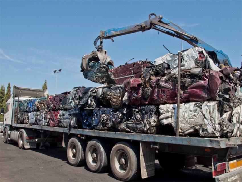 Proyecto para el reciclaje d eplásticos de los vehículos fuera de uso