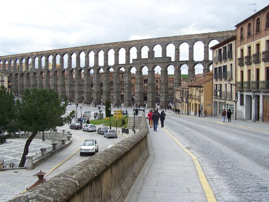 Adjudicado a FCC el servicio de aseo urbano de Segovia
