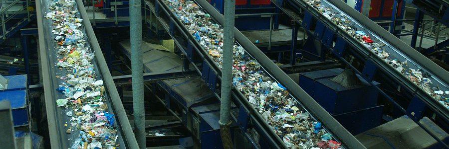 Las plantas de tratamiento de residuos urbanos aumentan su volumen de negocio hasta los 1.700 millones de euros