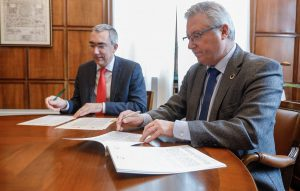 Convenio para impulsar la simbiosis industrial en empresas de Gipuzkoa