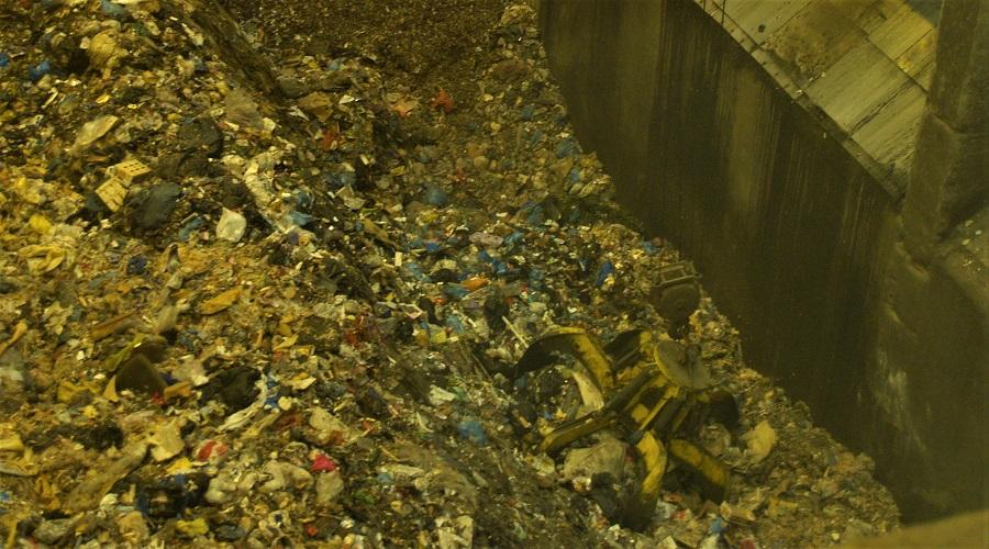 Cataluña suspende el canon de residuos durante la alarma por el COVID-19