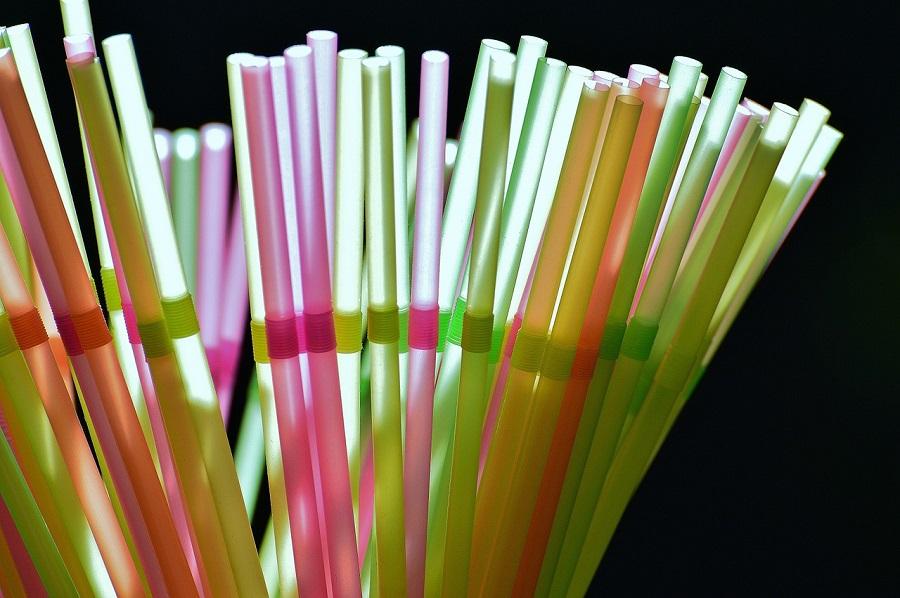 Canarias anuncia la prohibición de productos plásticos de un solo uso