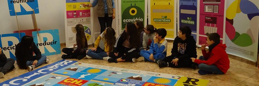 La Comunitat Valenciana celebró el año pasado 800 talleres sobre reciclaje doméstico