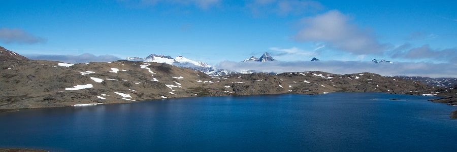 Detectan por primera vez microplásticos en un lago de agua dulce del Ártico