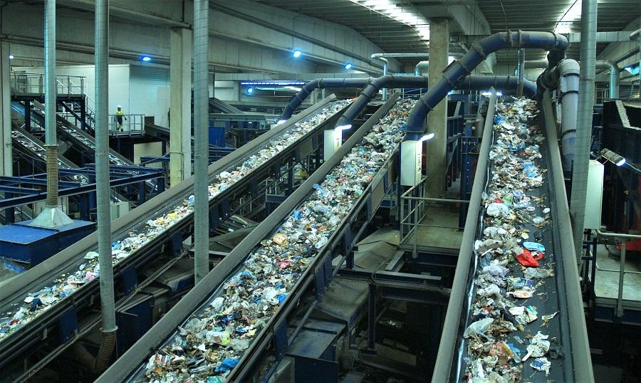 Cataluña elimina las fianzas a las actividades de gestión de residuos no peligrosos