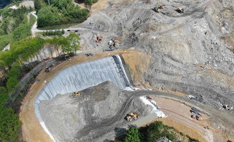 Imagen aérea de los trabajos en el vertedero de Zaldibar