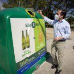 El Ayuntamiento de Madrid y Ecovidrio «cambian» un kilo de vidrio por uno de alimentos