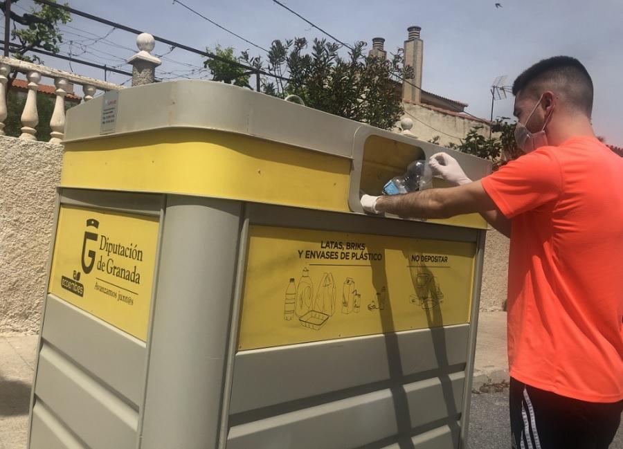 Contenedor de envases en Granada