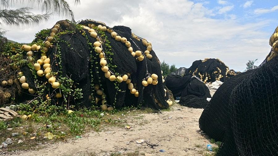 El proyecto SARETU convertirá redes de pesca en mochilas y riñoneras