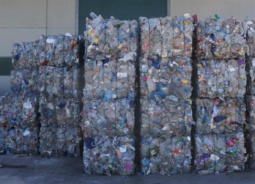 El confinamiento dispara los residuos de envases en las comarcas del interior de Valencia