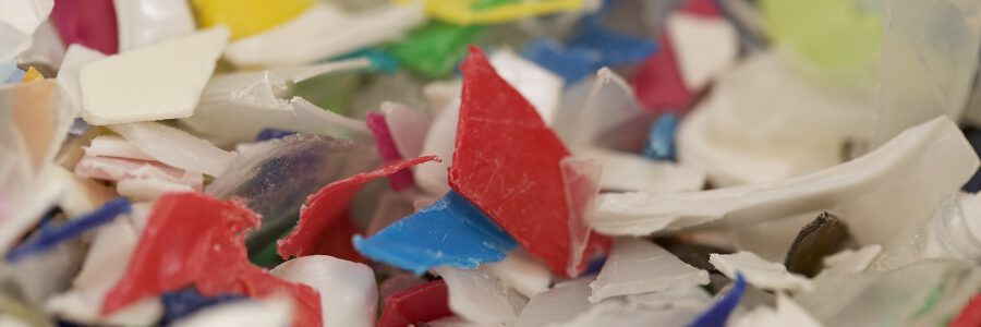 Investigadores utilizan vapor de agua para eliminar el olor de los plásticos reciclados