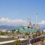 La energía producida a partir de residuos climatiza más de cien edificios de Barcelona