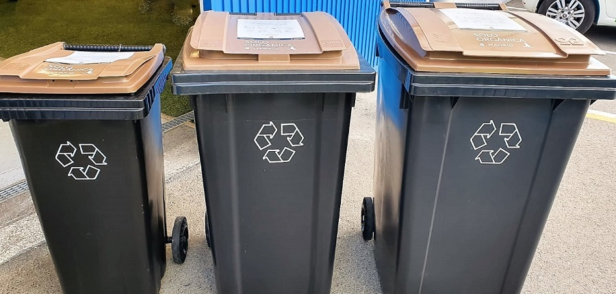 Contenedores de tapa marrón para la materia orgánica en Madrid