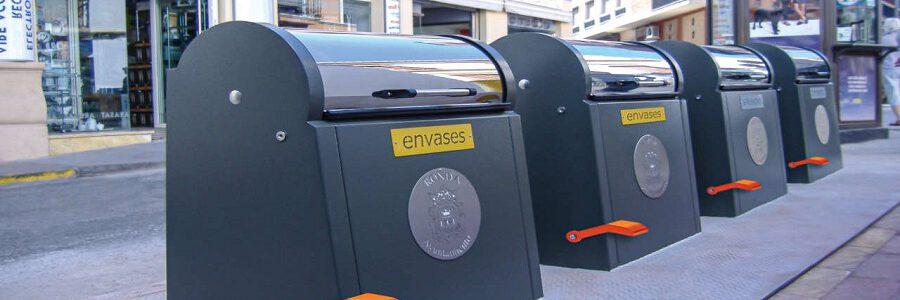 Fabrez Group lanza un sistema de apertura con pedal de contenedores soterrados