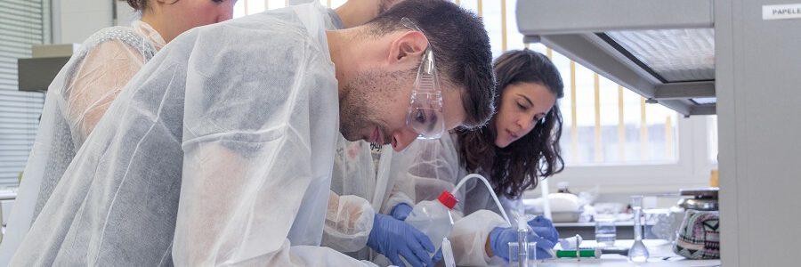 AIMPLAS y la Universitat de València crean el primer título de Experto Universitario en Bioplásticos y Biocomposites
