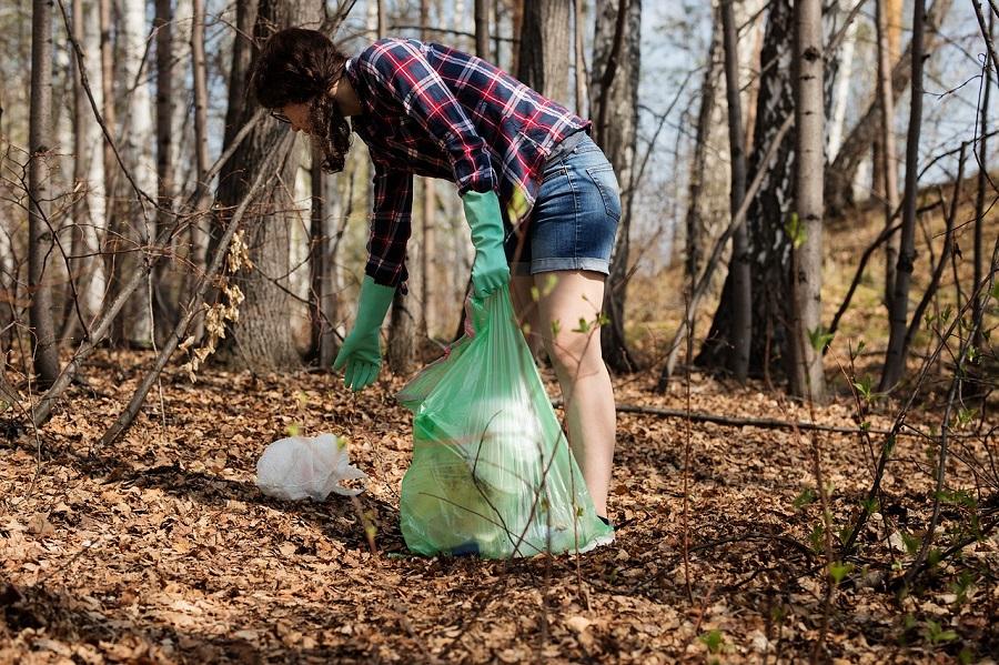 Las mujeres se preocupan por el cuidado del medioambiente
