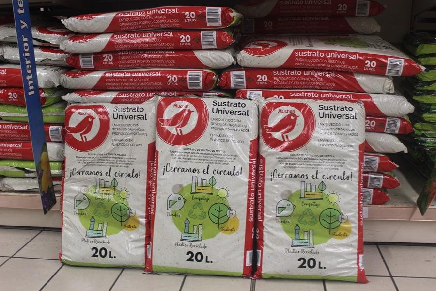 Álcampo elabora y vende un sustrato con el compost obtenido de sus propios residuos orgánicos
