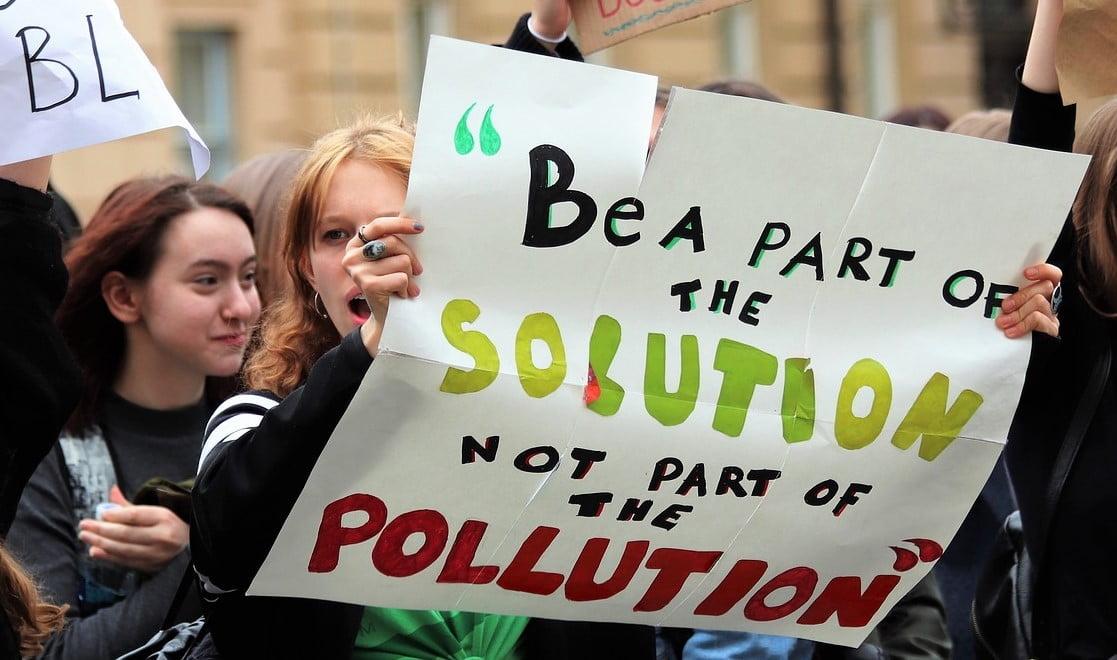 Las emisiones de CO2 de la población más rica continúan creciendo