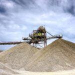 La UE lanza un plan para asegurarse el suministro de materias primas fundamentales