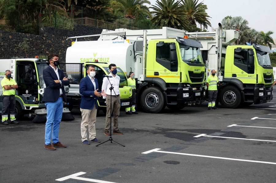 Nuevos vehículos de gas y eléctricos para el aseo urbano de Santa Cruz de Tenerife