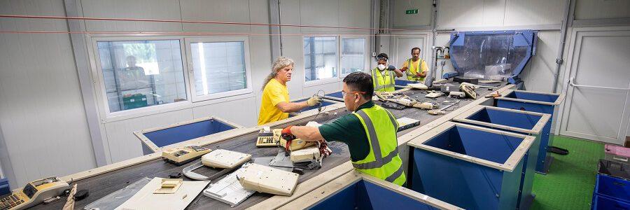 STADLER incorpora a su oferta las plantas de reciclaje de residuos electrónicos con la adquisición de weeeSwiss