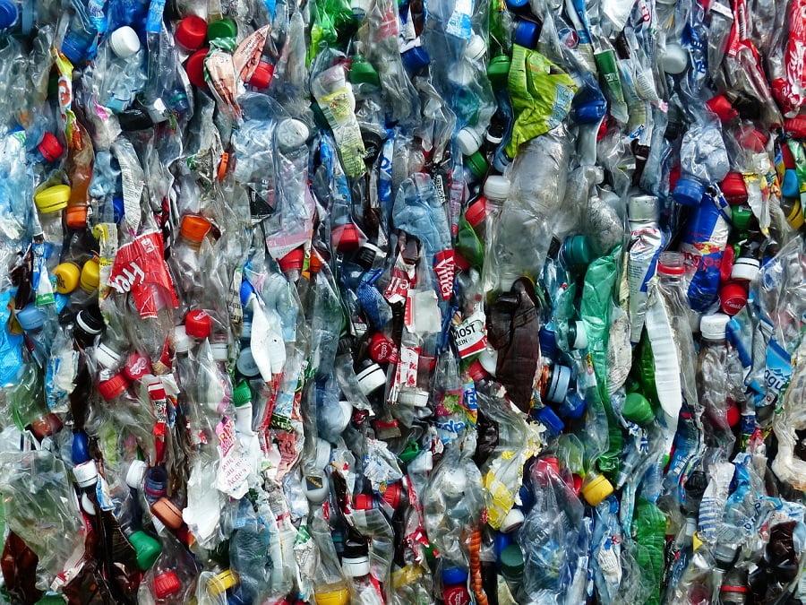 El TCE analiza el reto del reciclado de plásticos en la UE