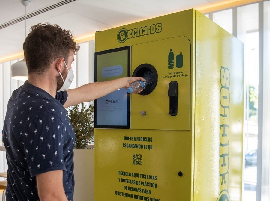 Ecoembes instalará máquinas que compensen por reciclar