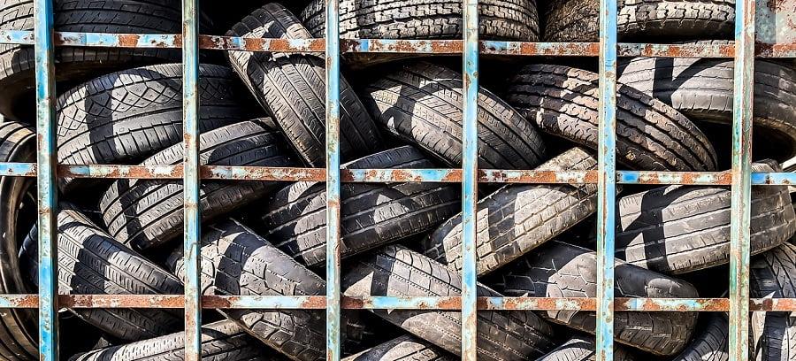 Neumáticos usados para reciclar
