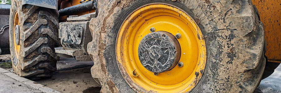 La gestión ambiental de los neumáticos usados de más de 1.400 mm de diámetro será obligatoria desde enero