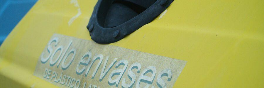 Ecoembes acusa a Greenpeace de desincentivar el reciclaje doméstico