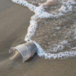 Unidas Podemos pide medidas más restrictivas para los plásticos de un solo uso en la futura ley de residuos