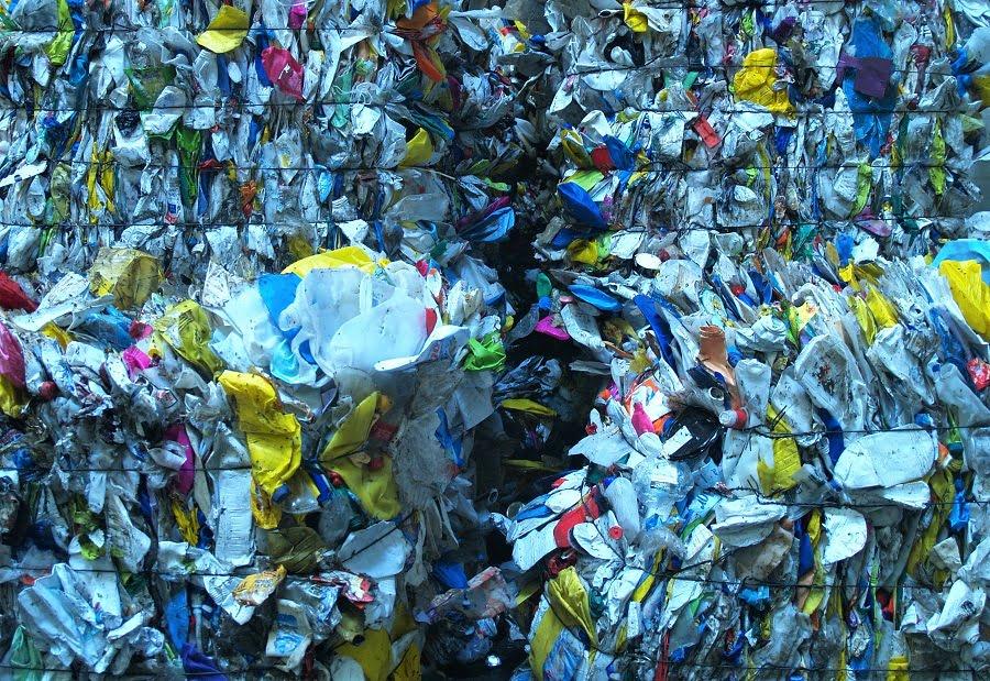 Residuos plásticos mezclados