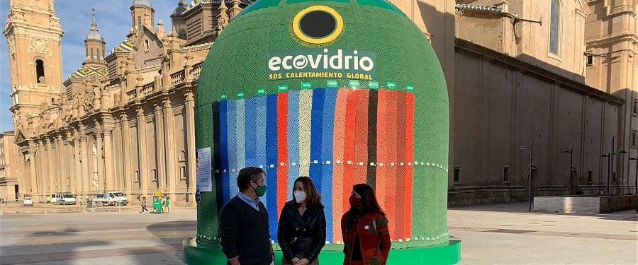 Ecovidrio instala en Zaragoza un contenedor gigante que alerta del cambio climático