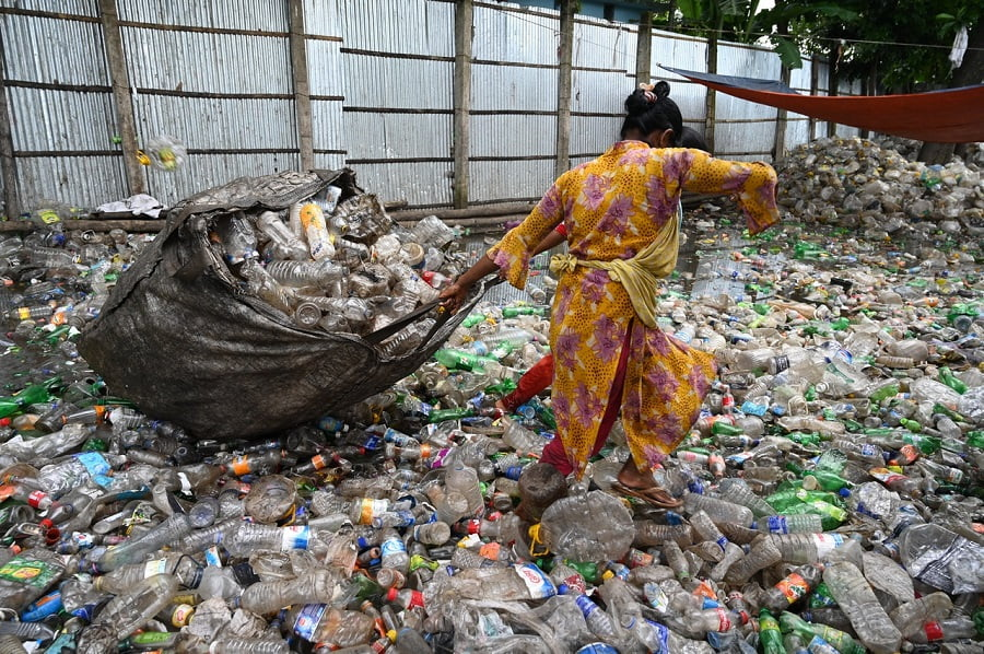 El Reino Unido se escuda en el Brexit para seguir exportando residuos plásticos contaminados