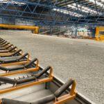 La planta de tratamiento de residuos de El Campello incorpora maquinaria de última generación para optimizar el proceso de compostaje