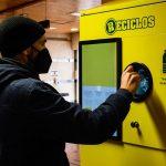 Valencia incorpora el sistema de reciclaje con recompensa Reciclos en todos los contenedores de envases