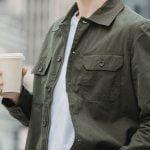 Café para llevar y vasos desechables, un binomio poco sostenible