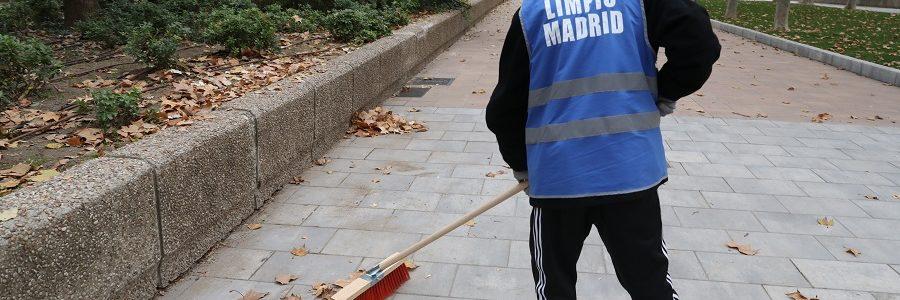 1.300 personas pagan sus multas realizando labores de limpieza en Madrid