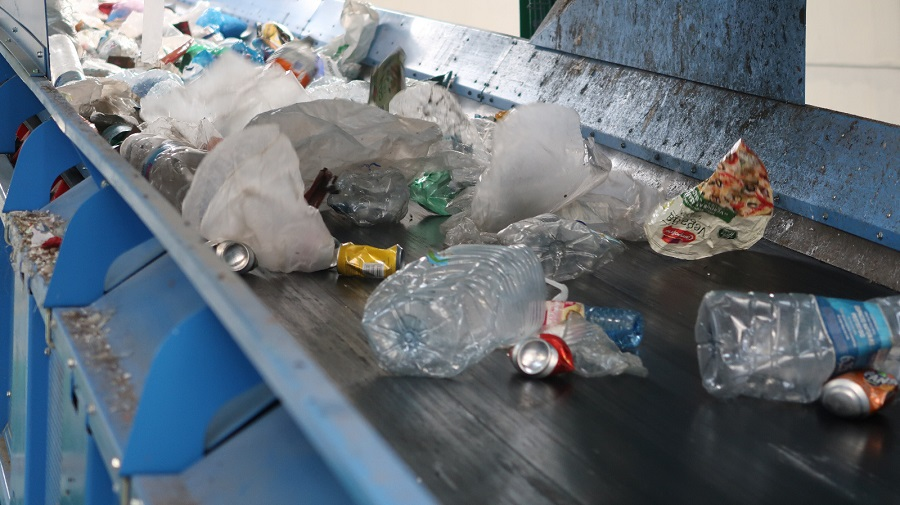 Entra en vigor la prohibición de los plásticos desechables en Islas Baleares