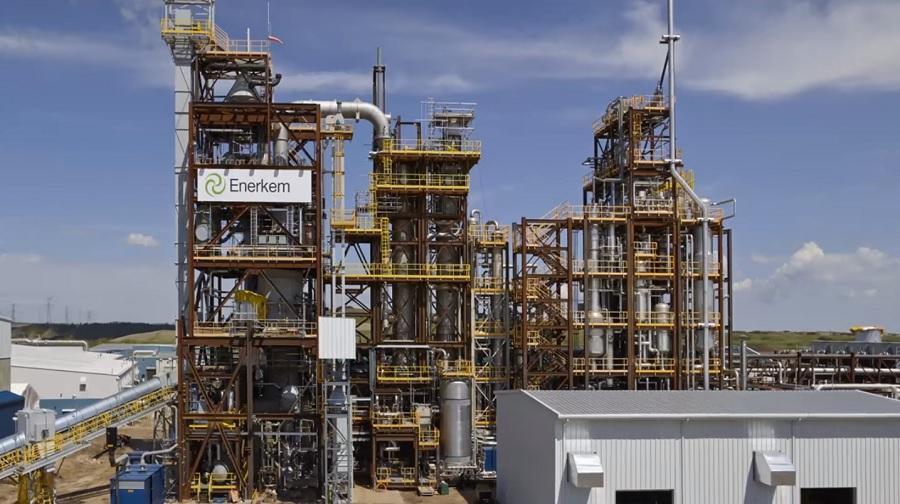 Repsol, Enerkem y Agbar se unen para construir una planta de valorización de residuos en Tarragona