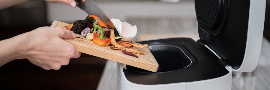 La startup canadiense Tero lanza un dispositivo doméstico que convierte los residuos en abono en solo unas horas