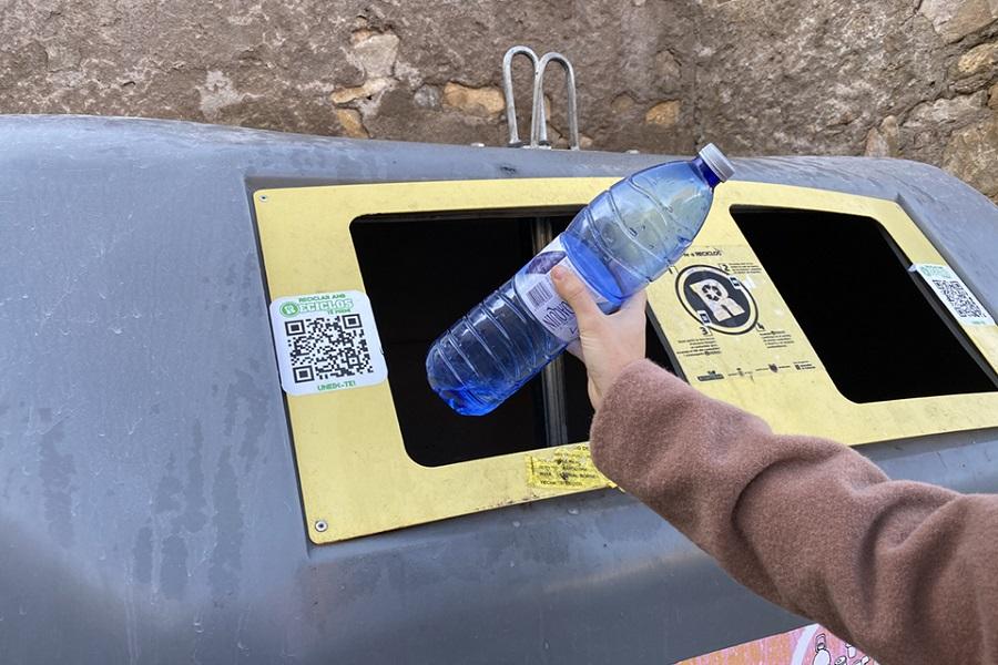 Santiago se incorpora al sistema de reciclaje con recompensa RECICLOS