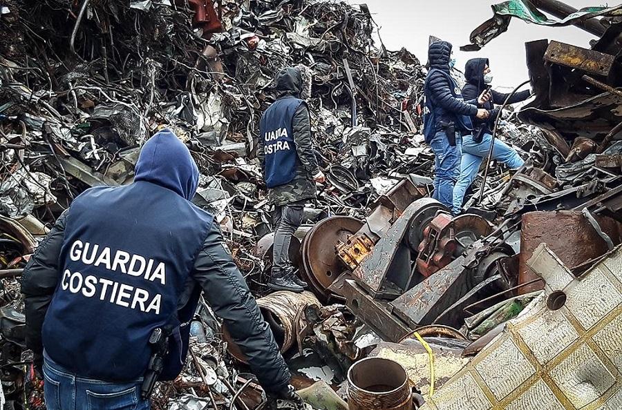 Macrooperación policial mundial contra los delitos medioambientales en el mar