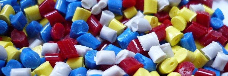 Los transformadores de plásticos europeos alertan de una escasez de materias primas que podría afectar al suministro de productos esenciales