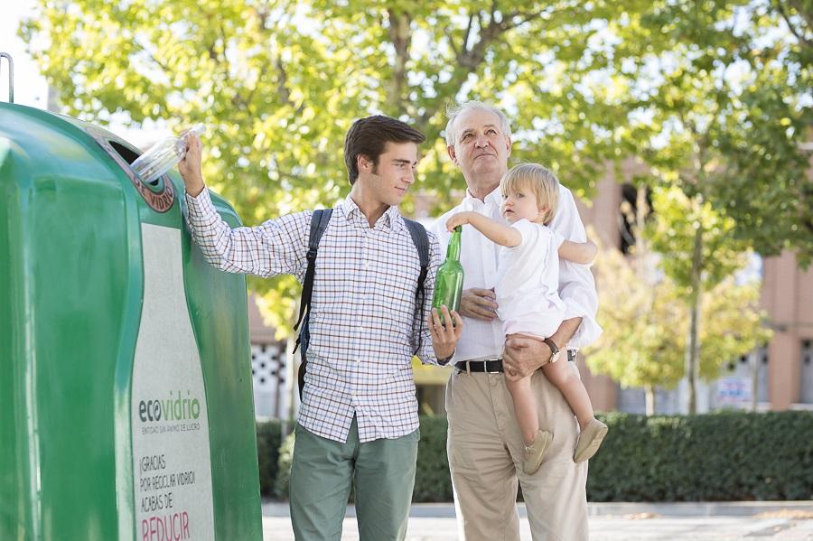 La Comunidad de Madrid, única región española que aumenta el reciclaje de vidrio en 2020