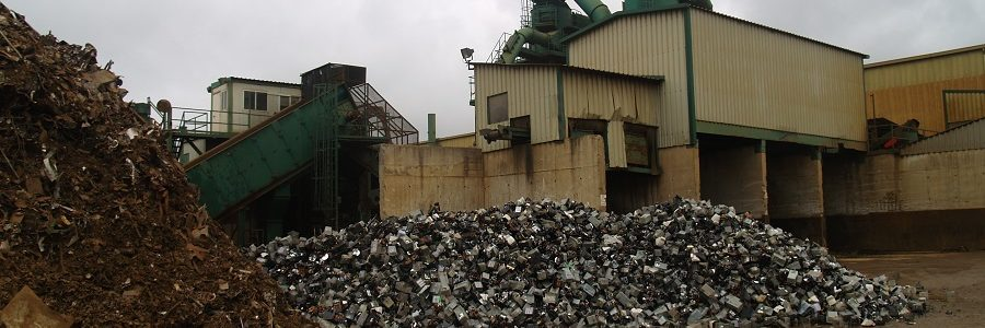 El MITERD aprueba el Modelo de Informe de Riesgos Ambientales Tipo de FER para las empresas de recuperación y reciclaje de residuos