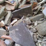 Identifican a los responsables de un vertido ilegal por las facturas aparecidas entre los residuos