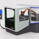 Tekniker trabaja en el desarrollo de una máquina para reciclar material sobrante de procesos industriales