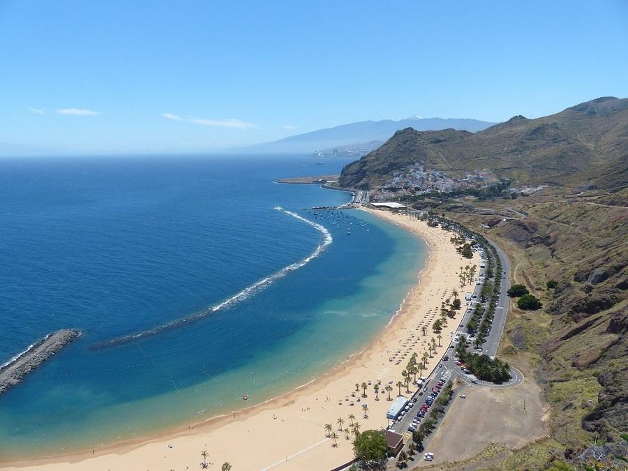 Los residuos de plástico en el mar alrededor de Canarias alcanzan 1 km de profundidad